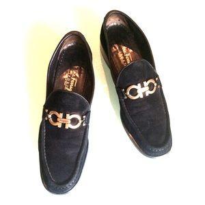Vintage Salvatore Ferragamo Black suede loafer AAA